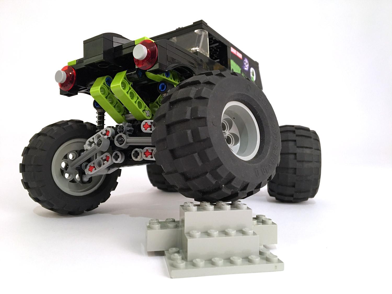 lego-monster-truck-7