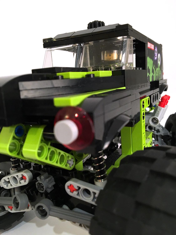 lego-monster-truck-8