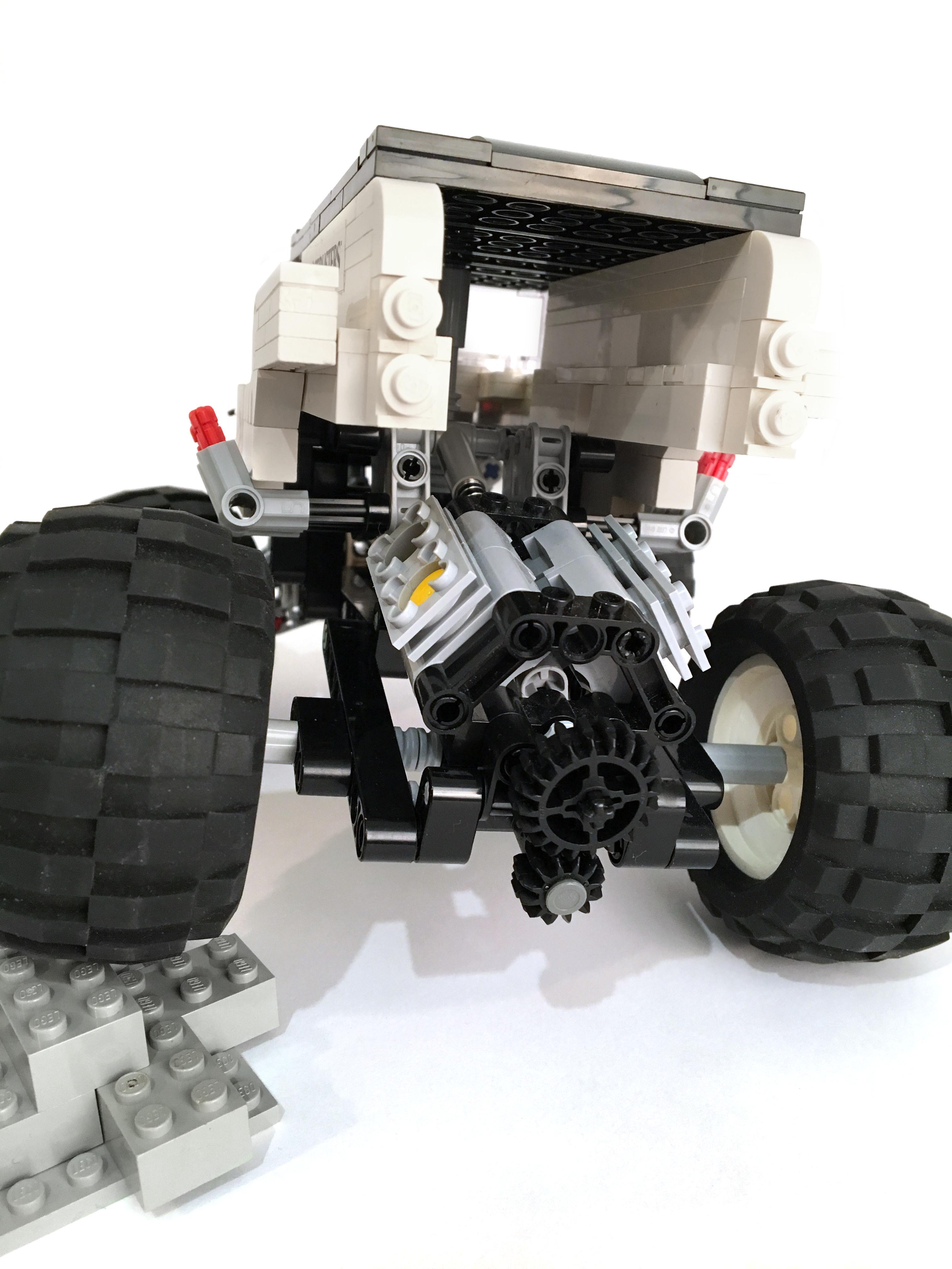 lego-monster-truck-6