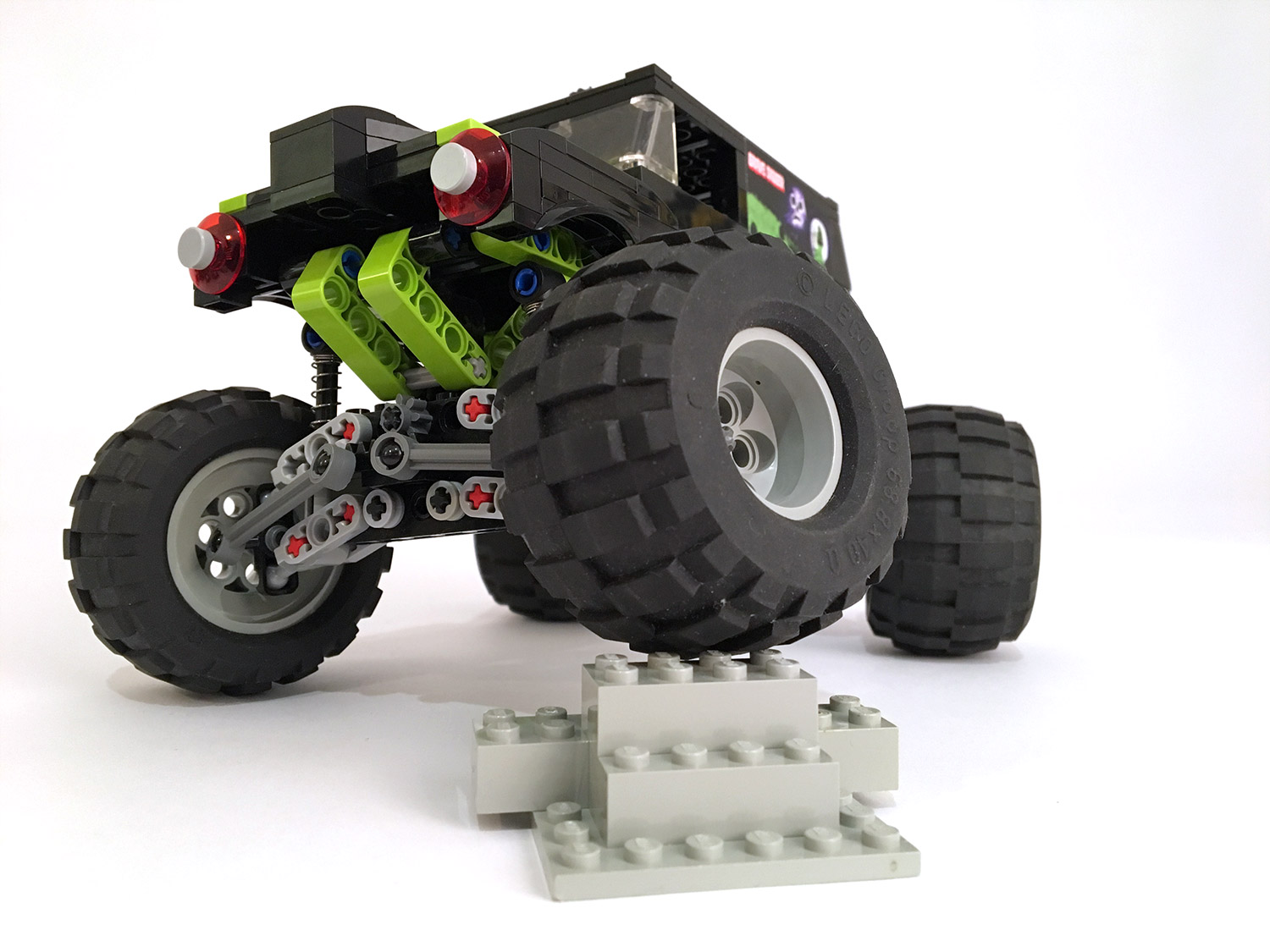 lego-monster-truck-7